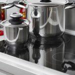 Hoe verzorg ik mijn keramische en inductie kookplaat?