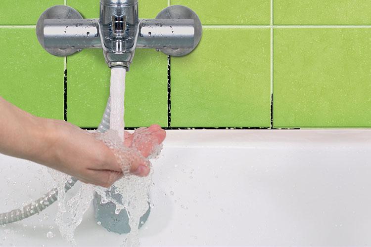 Badkamer Schimmel Verwijderen : Hoe kan ik schimmel in de badkamer verwijderen? starwax voor een