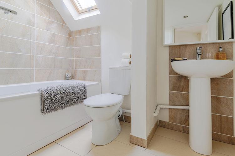 Badkamer Wasbak Verstopt : Hoe een ontstopper voor pijpleidingen kiezen? starwax voor een